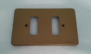 placca bronzata per scatola rettangolare a 2 fori
