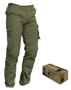 pantalone=stile militare= con molte cerniere e tasche in cotone 100% taglia xl.